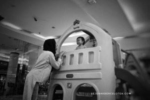 Quality time bersama anak adalah ungkapan rasa cinta juga.